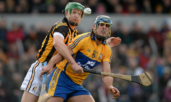 16 February 2014; Brendan Bugler, Clare, in action against Henry Shefflin, Kilkenny. Allianz Hurling League, Division 1A, Round 1, Clare v Kilkenny, Cusack Park, Ennis, Co. Clare. Picture credit: Diarmuid Greene / SPORTSFILE