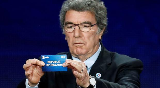 Dino Zoff of Italy holds the slip showing