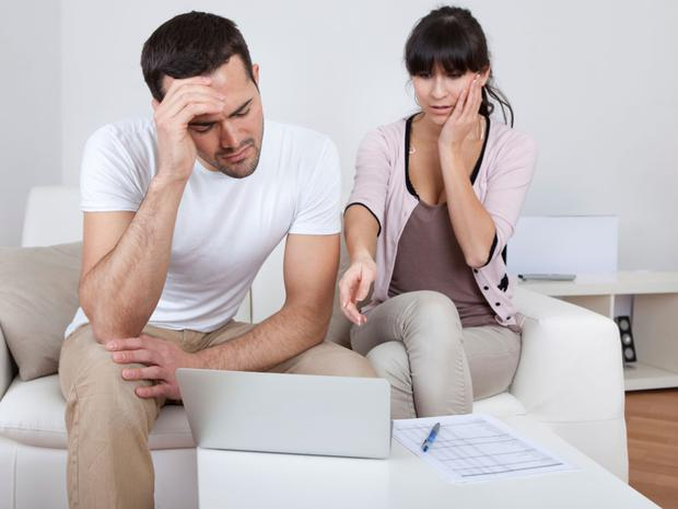 Fall in homeowners in arrears on mortgages. Image posed Thinkstock