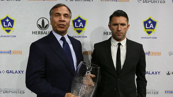 Bruce Arena and Robbie Keane in the video