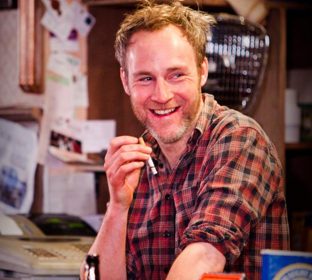 Peter-McDonald-in-The-Weir-at-Donmar-2013.-Photo-by-Helen-Warner-2-e1388402301685-1024x920.jpg