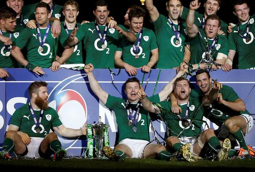 Ireland's players celebrate victory against France