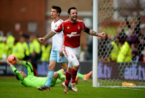 Nottingham Forest midfielder Andy Reid has been ruled out for three weeks with a hamstring injury