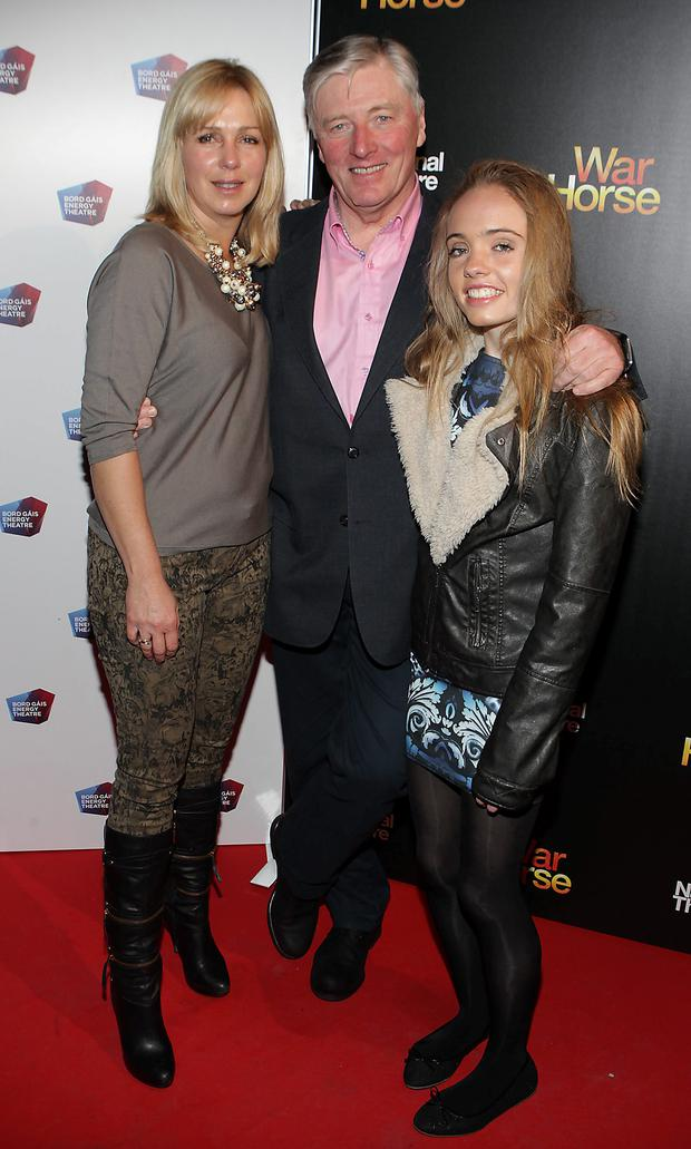 Pat Kenny with wife Kathy Kenny and daughter Nicole at the opening night of Warhorse at The Bord Gais Energy Theatre. Pic:Brian McEvoy