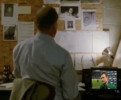 Woody Harrelson sits down to watch Brian O'Driscoll give his last interview in a green shirt