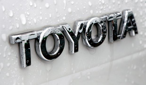 How To Sue A Car Dealership >> Car Dealers Sue Toyota In Row Over Repair Rights
