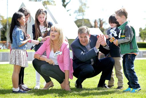 Miriam O'Callaghan and Bryan Dobson with, from left to right, Aisling Bontoyan (7), Nancy McCarthy (7), Leah Arrowsmith (9), Luke Lally (8) and Owen Phillips (8). Photo: Maxwells