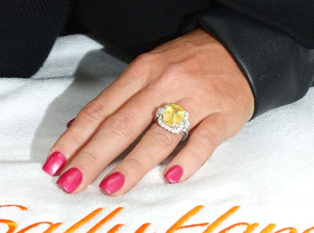 rs_560x415-140416092440-1024.Jenny-McCarthy-Engagement-Ring.jl.041614_copy.jpg