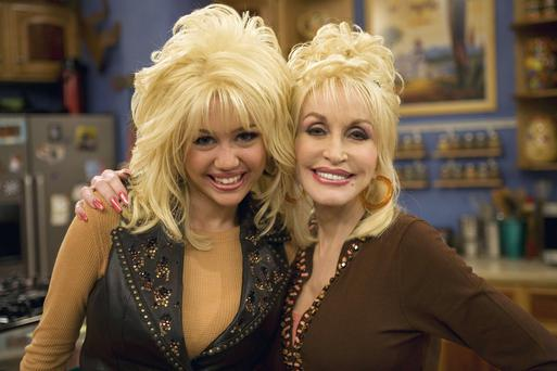 Miley Cyrus (left) and Dolly Parton (right)