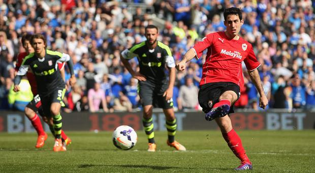 Peter Whittingham of Cardiff City scores only goal from a penalty kick