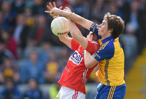 David Murray, Roscommon, in action against Alan Cadogan, Cork