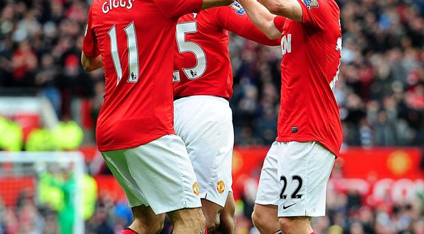 Paul Scholes (right) with Ryan Giggs