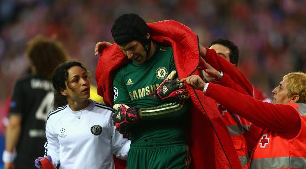 Petr Cech may need surgery after dislocating his shoulder in Chelsea's UEFA Champions League semi-final against Atletico Madrid. Photo: Paul Gilham/Getty Images