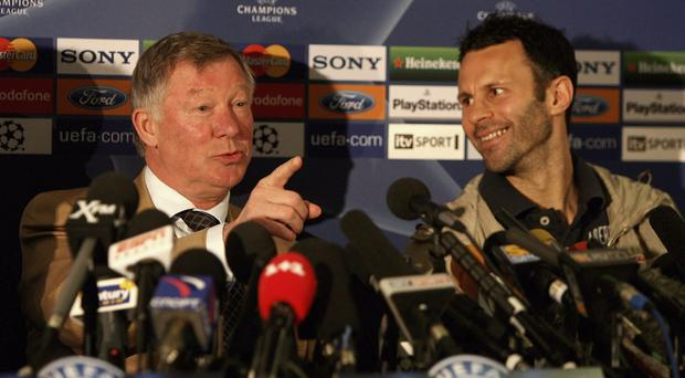 Manchester United should make former manager Sir Alex Ferguson a mentor to Ryan Giggs