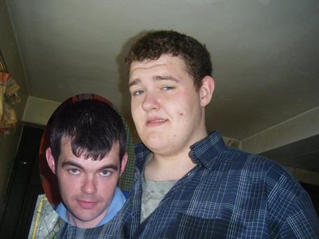 Dermot O'Neill and (inset) his brother Leigh O'Neill