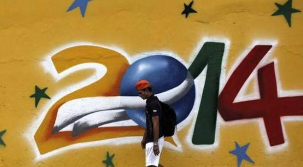 Footie Fiesta: Graffiti in Sao Paulo, Brazil. (Photo: Reuters)