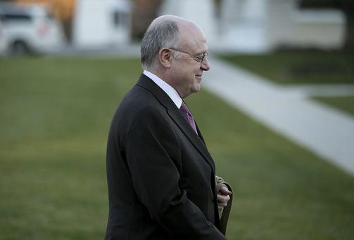 Ian Read, chief executive officer of Pfizer, has questioned AstraZeneca's ability to stand alone in the market
