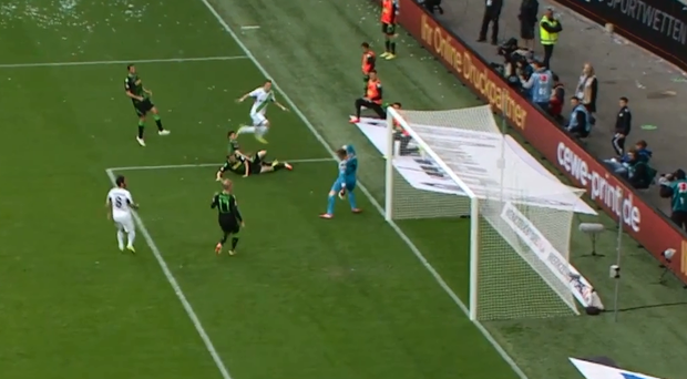 Ivan Perisic hits the post, crossbar and the opposite post with one shot for Wolfsburg