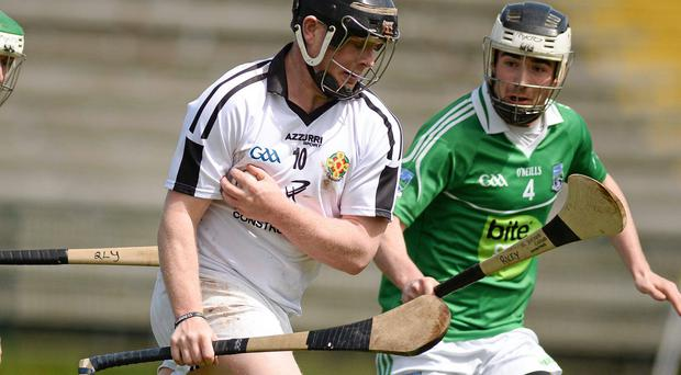 Warwickshire's Sean Hennessy was red-carded late on