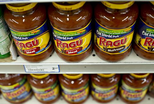 Unilever's Ragu brand pasta sauce sits on display in a supermarket. Photo: Daniel Acker/Bloomberg