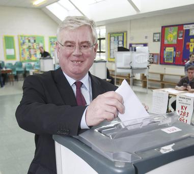 Labour party leader, Tanaiste Eamon Gilmore at Scoil Mhuire, Shanganagh Road, Shankill, Co Dublin. Photo: Stephen Collins/Collins Photos