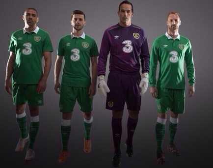 Jon Walters, Shane Long, David Forde and David Meyler pose in the new Ireland jersey