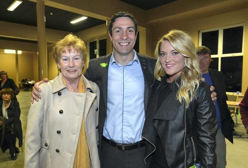 Boxer Kenny Egan with his mother Maura and girlfriend Karen Sullivan at the count. Photo: BARBARA LINDBERG