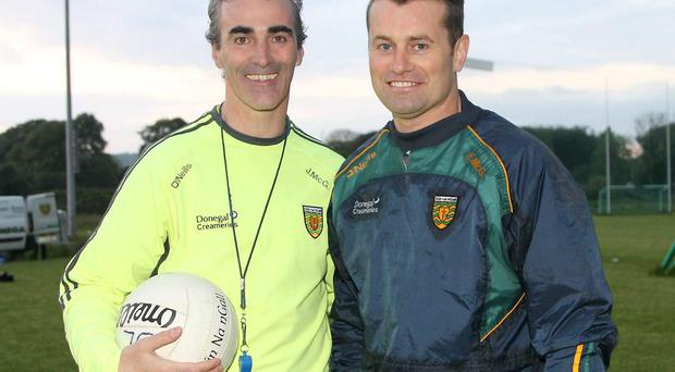 Donegal supremo Jim McGuinness last night welcomed former Ireland number one Shay Given to a training session with his squad in Convoy. Given took part in drills with goalkeepers Paul Durcan and Michael Boyle. Photo: Donna El Assaad