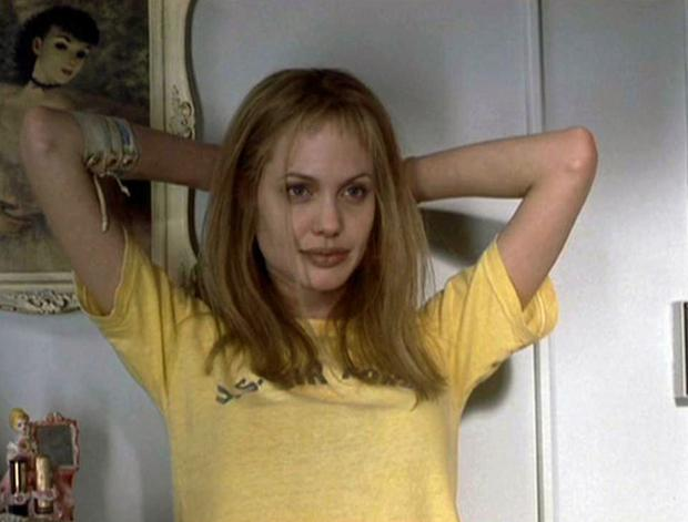 Her role as a sociopathic Lisa Rowe in Girl, Interrupted nabbed her her first Oscar