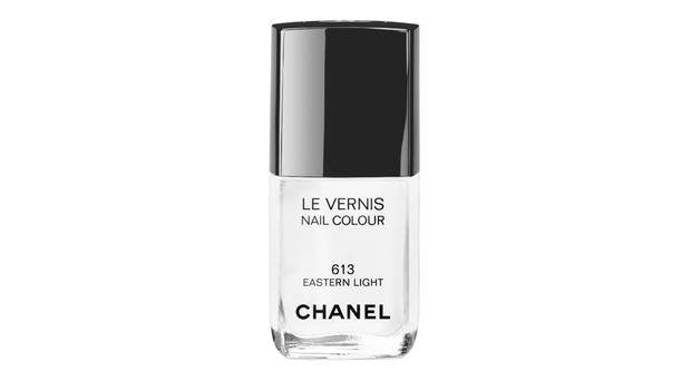 Chanel Eastern Light Nail Colour