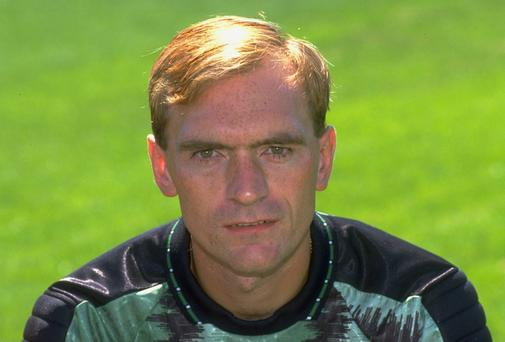 Manchester United and Scotland goalkeeper Jim Leighton in 1990