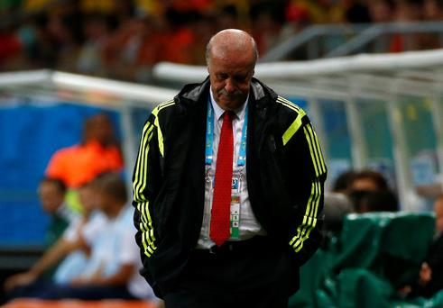 Spain's coach Vicente Del Bosque says everyone must take responsibility for their thrashing at the hands of the Netherlands