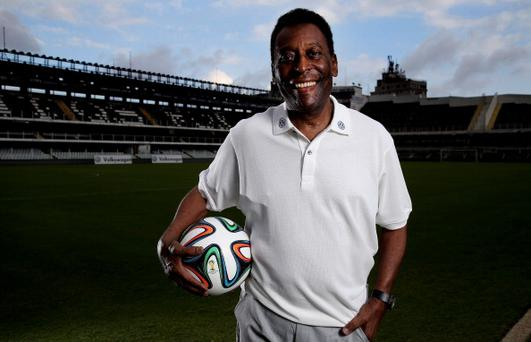 Brazilian football legend Pele poses in during a visit at stadium Vila Belmiro on May 17, 2014 in Santos, Brazil. (Photo by Friedemann Vogel/Getty Images)