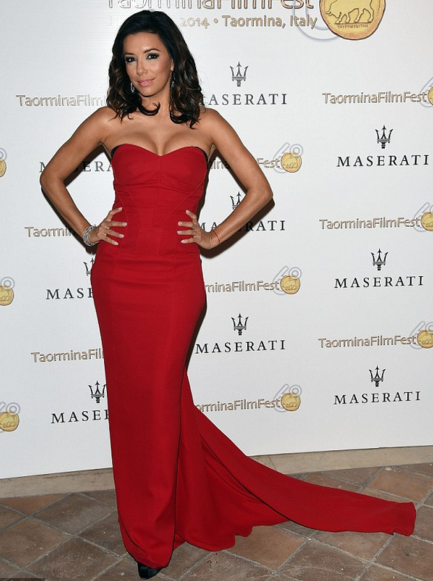 Jessica Rabbit eat your heart out: Eva Longoria wows in figure ...