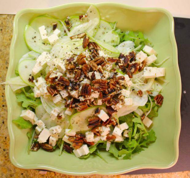 fennel-apple-salad-from-above.jpg