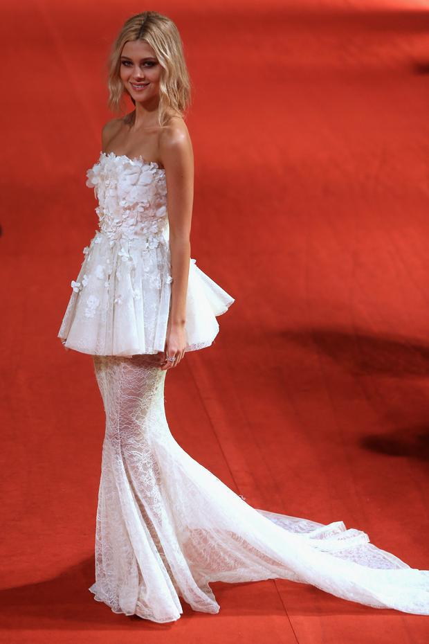 Nicola Peltz stuns in couture number at Transformer\'s Shanghai ...