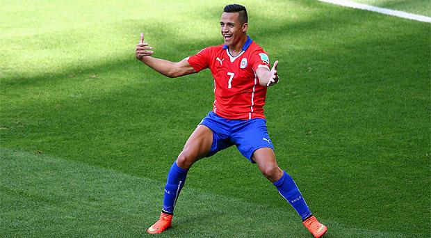 Liverpool would like to in clude Alexis Sanchez in any deal with Barcelona for Luis Suarez