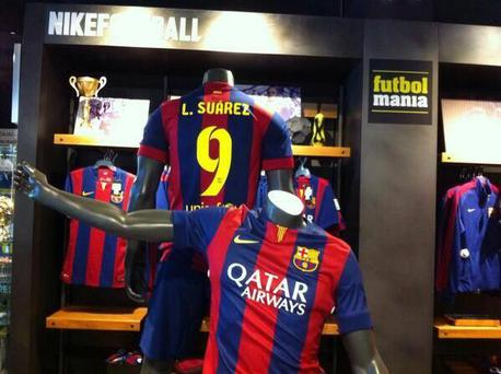 Images have surfaced on social media of shirts being sold in Barcelona with the Liverpool striker's name on the back