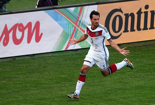 Mats Hummels Rules Out Move To Manchester United