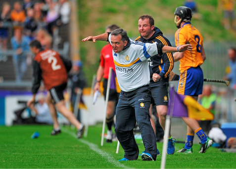 Clare manager Davy Fitzgerald encourages his team during the game. GAA Hurling All-Ireland Senior Championship Round 1 Replay, Clare v Wexford, Wexford Park, Wexford. Picture credit: Dáire Brennan / SPORTSFILE