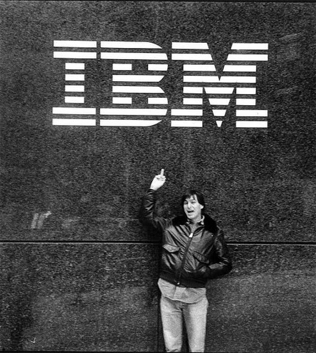 Apple co-founder Steve Jobs shows what he thinks of IBM in 1983