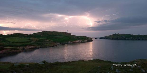 Youen Jacob capture dramatic lightening strikes over Baltimore Co Cork last night