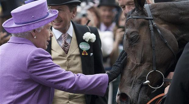 The Queen of England with Estimate