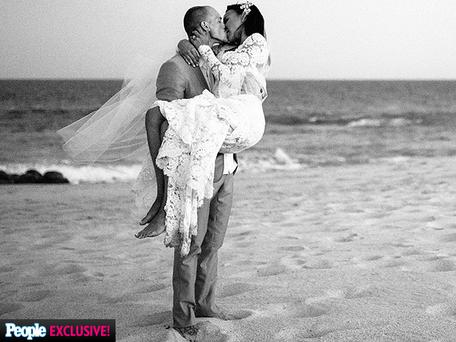 Naya Rivera wed actor Ryan Dorsey in a surprise ceremony in Cabo San Lucas, Mexico. Picture: People Magazine