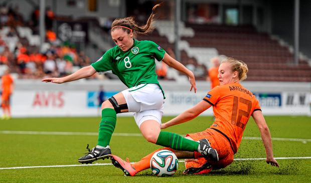 Republic of Ireland's Amy O'Connor in action against Lucie Akkerman during the European Women's U19 Championship semi-final against the Netherlands (Stephen McCarthy / SPORTSFILE)