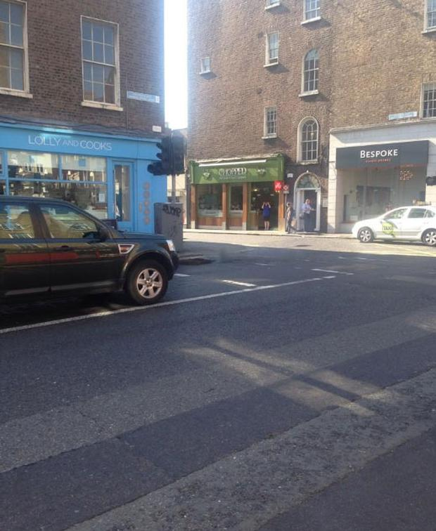 The scene afterwards on Baggot Street Picture: Eoin O Suilleabhain (@eoinos)