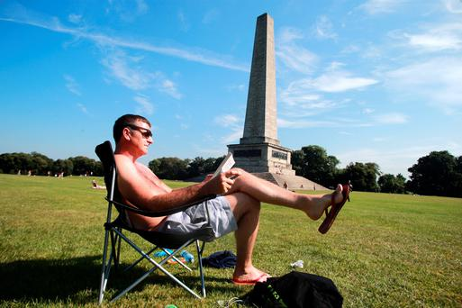 24/7/14 Kenneth O'Halloran, Dublin, enjoying the good weather in Phoenix Park, Dublin. Picture: Arthur Carron