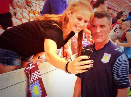 Roy Keane poses for the selfie
