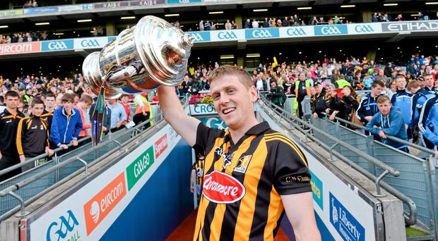 Kilkenny captain Lester Ryan lifts the Bob O'Keeffe Cup after the Leinster final. Photo: Stephen McCarthy / SPORTSFILE