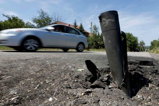 Instense fighting is still taking place between rebels and Ukraine at crash site. Reuters